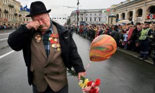 """Западный интернет """"присвоил"""" советского ветерана"""
