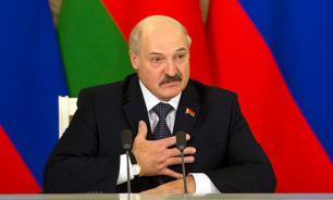 """Лукашенко мешает объединению двух """"антироссийских пятен"""""""