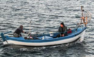 В Японском море спасли жизнь корейским рыбакам