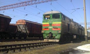 Пассажирка поезда набросилась на бортпроводницу из-за постельного белья