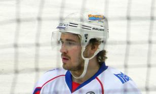 Бывший хоккеист Обухов избил девушку на дороге. Видео