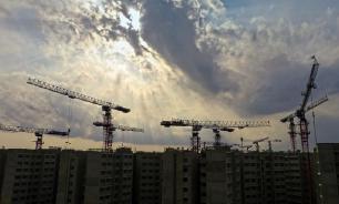 Путин поручил решить проблему с жильем дольщиков