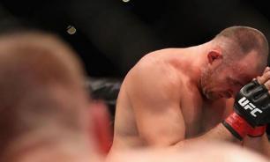 Российский боец UFC победил при помощи уникального приема. ВИДЕО