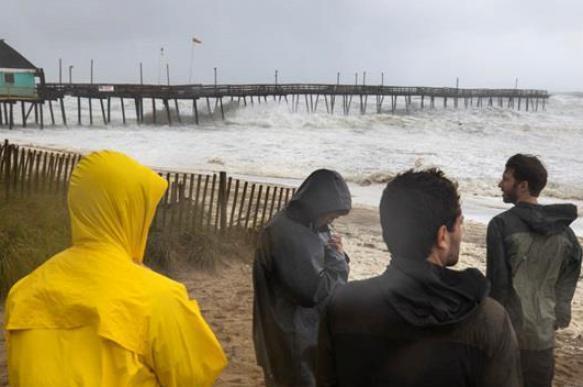 "Подсчитана сумма многомиллиардного ущерба от урагана ""Дориан"""