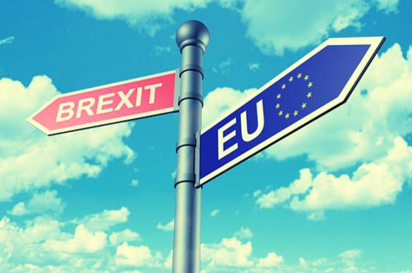 Назад в прошлое: в Британии новая партия выступила против Brexit