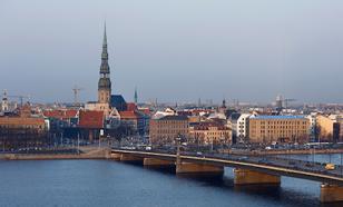 Страшно, но выгодно: Латвия решилась на сотрудничество с Россией
