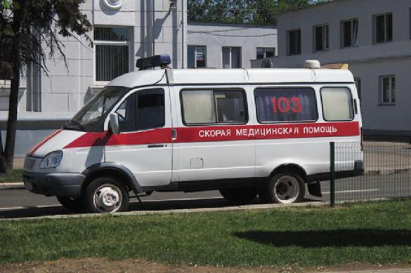 """""""Слабаки!"""": надышавшихся брагой белорусов увезли в реанимацию"""