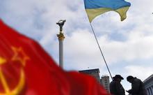 """На Украине запрещают Новый год и Деда Мороза-""""агрессора"""""""