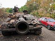 Айдаровец при проверке сдал много сворованного оружия, БМП и пообещал показать, где прячет танк