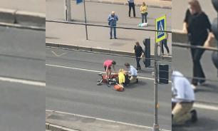 Петербургский таксист сбил женщину с коляской
