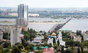 Жители Екатеринбурга и Саратова чаще всего задумываются о переезде