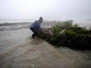 Столица Филиппин ушла под воду, погибли 70 человек