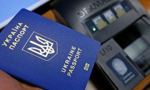 Порошенко рассказал о преимуществах украинского паспорта