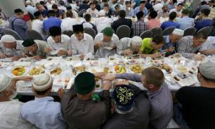 Во время Рамадана фонд Ахмата-Хаджи Кадырова организовал ифтар для 100 тыс. человек