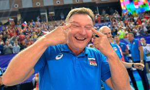 Аргентинские волейболисты повторили жест Бузато, сузив глаза