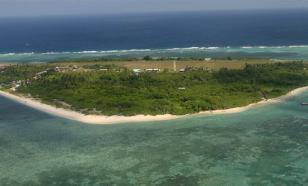 СМИ: Американский эсминец вышел в Южно-Китайское море подразнить КНР