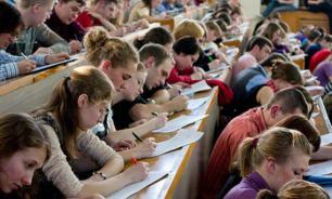 Общепит и торговля - самые популярные специальности среди крымских студентов