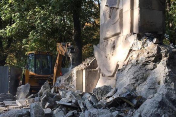 Польша: снесен последний монумент памяти