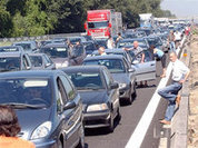 Автомобильные пробки остановят разговорами?