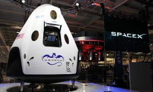 Маск снова облажался: SpaceX не повезет туристов на Луну