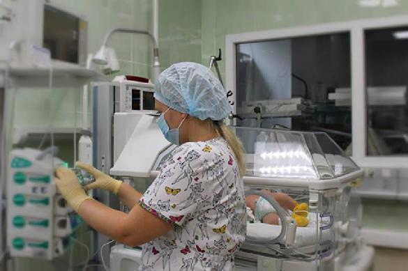 Провинциальная чиновница посоветовала врачам полуразрушенной больницы помыть полы