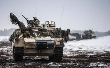 На Москву: Евросоюз проверит все дороги на проходимость для танков НАТО