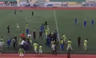 Матч футбольных команд в Махачкале завершился массовой дракой