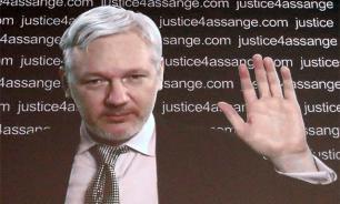 WikiLeaks: Ассанж не публикует документы по выборам в США