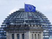 Европарламент перестает быть болонкой США