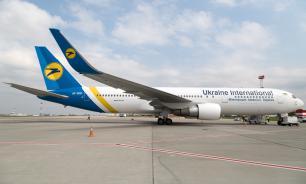 Самолет украинской авиакомпании улетел, оставив часть пассажиров в аэропорту