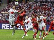 Евро-2012: спорт в объятиях политики