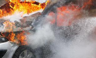 """""""Санта-Клаусы"""" в Санкт-Петербурге сожгли семь автомобилей"""
