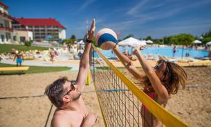 Что полезного в пляжном волейболе
