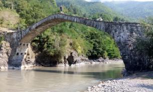 Туристическая Грузия: город Аджария