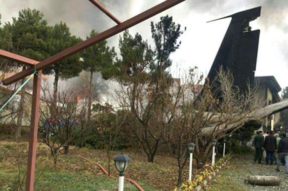 Катастрофа иранского Boeing-707: пилот посадил лайнер на жилой район