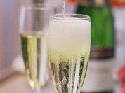 Европейцы пьют меньше шампанского из-за кризиса