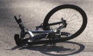 На Украине машина врезалась в группу девочек-велосипедисток