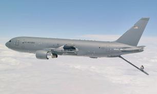 Новый самолет-заправщик ВВС США летает, но не заправляет