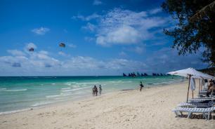 Пляж на филиппинском острове закрыли из-за детского подгузника