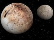 Плутон немножко пучит. Почему?
