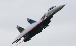 """Пентагон обвинил Россию в """"опасном перехвате"""" самолета-разведчика США"""