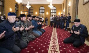 Ингушетия: Кадыров впервые извинился, приехав с сотней охранников