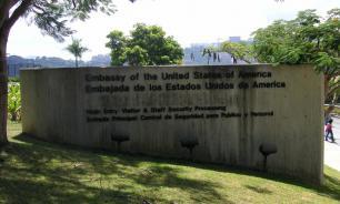 Дипломаты США начали покидать Венесуэлу