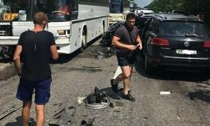 Кортеж Зеленского спровоцировал ДТП с автобусами с детьми