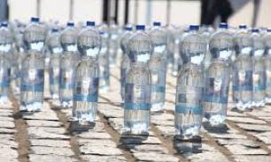 В России подорожает импортная вода в бутылках