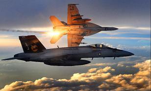 В США рухнул F-18, пилоты погибли