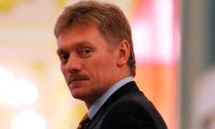 Песков: обнаружение авиабомбы в Кремле не повлияло на график Путина
