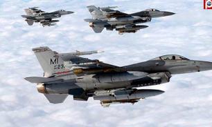 Пентагон недоволен сближением истребителей с самолетами-разведчиками США