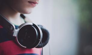 Британские ученые установили связь между любимой музыкой и уровнем IQ