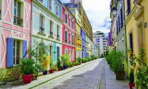 Жители парижской улицы пожаловались на фотографирующихся туристов